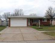 13037 PICADILLY, Sterling Heights image