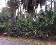 16 Lakeview  Lane, Harbor Island image