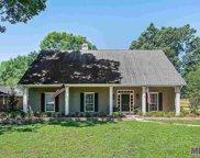 6342 Feather Nest Ln, Baton Rouge image