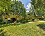 110 Woodview Ct, West Lake Hills image