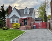 616 Adams  Avenue, W. Hempstead image