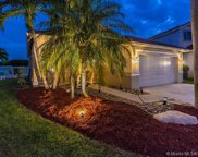 570 Willow Bend Rd, Weston image