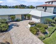 842 Island Way, Clearwater image
