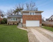 3 Evelyn Rd, Plainview image