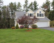 24 Meadowood Drive, Exeter image