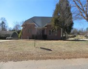 305  Commodore Loop, Mooresville image