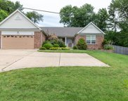 8728 New Sappington, Crestwood image