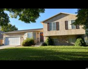 692 W Justin Dr, Murray image