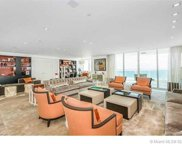 20201 E Country Club Dr Unit #PH8-9, Aventura image
