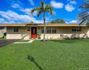 8221 Nw 10th St, Pembroke Pines image