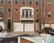 526 TRIADELPHIA WAY, Alexandria image