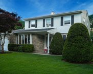 184 Blue Point  Road, Holtsville image