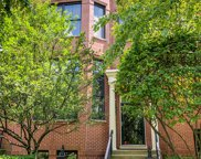 2056 Valor Court, Glenview image