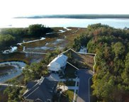 2140 Breezy Point Drive, Mount Pleasant image