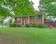 8313 Terry Ln, Hermitage image