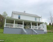 32 HEADWATERS ROAD, Chester Gap image