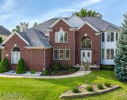 947 Majestic  Drive, Rochester Hills image