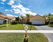 451 Nw 190th Ave, Pembroke Pines image