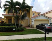 4304 Fox Ridge Dr, Weston image