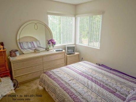 26853-claudette-st-unit-141-santa-clarita-ca-91351-008_second_ bedroom