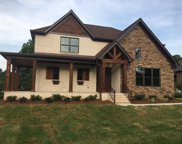 102 Hunter Dr, Mount Juliet image