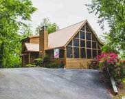 1434 High Forest Way, Sevierville image
