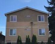 10556 Midvale Ave N, Seattle image