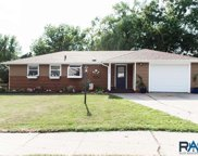 2009 S Sherman Ave, Sioux Falls image