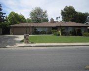 701 Vista Verde, Bakersfield image