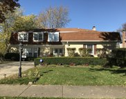 500 Stafford Lane, Glen Ellyn image