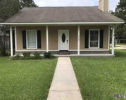 11197 Village Green Dr, Greenwell Springs image
