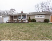 9 Barberry Lane, Levittown image