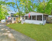 19 Anchor  Path, Baiting Hollow image
