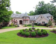 8340 Carolines  Trail, Indian Hill image