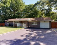 18 Miller Place Middle Island  Road, Mt. Sinai image