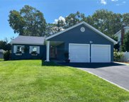 4 Maison  Drive, Holbrook image
