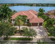 19361 Waters Edge St, Weston image