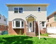 80-24 257 St, Glen Oaks image