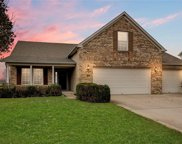 6282 Woods Edge  Drive, Mccordsville image