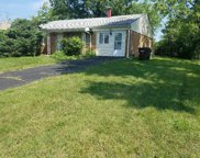 834 Crowden  Drive, Springfield Twp. image