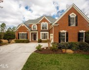 2520 Trailing Ivy Way, Buford image
