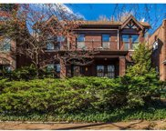 2051 Alfred, St Louis image