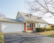 548 Wellington Avenue, Elk Grove Village image