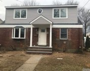 2216 Maple St, Wantagh image