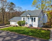 89 Lakeview  Drive, Patchogue image