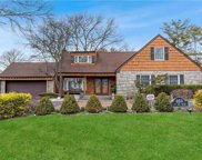 850 Ivy Hill  Road, Woodmere image
