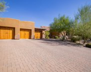 9928 E Chuckwagon Lane, Scottsdale image