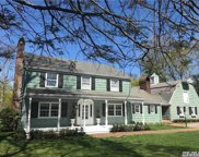 2 Gristmill Ln, Manhasset image