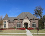 2812 Winding Path, Flower Mound image