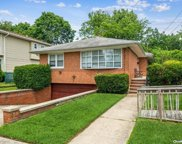 254 Forest  Avenue, Woodmere image